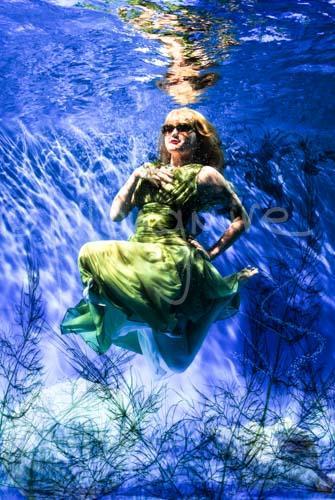 Underwater Girl 3