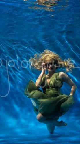 Underwater Girl 2